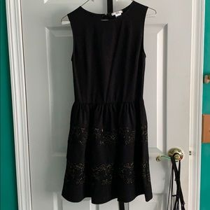 Black and gold Bar IIl dress size M